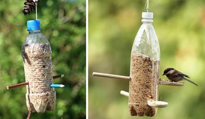 fabriquer-mangeoir-oiseaux-avec-une-bouteille-en-plastique-recyclee-idee-diy-a-realiser-soi-meme