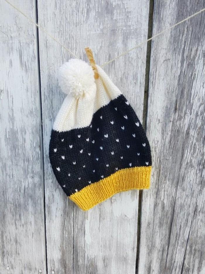 fabriquer-un-pompon-pour-votre-bonnet