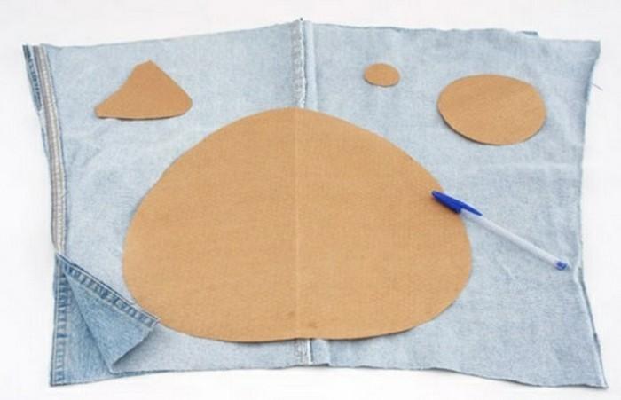 faire-un-coussin-materiaux-carton-jeans-crayon-cercles