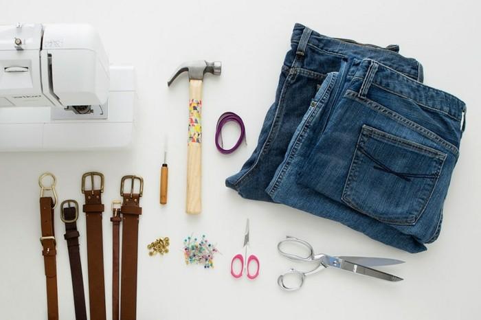 faire-un-coussin-materiaux-necessaires-ceintures-en-tailles-differentes-marteau-ciseaux
