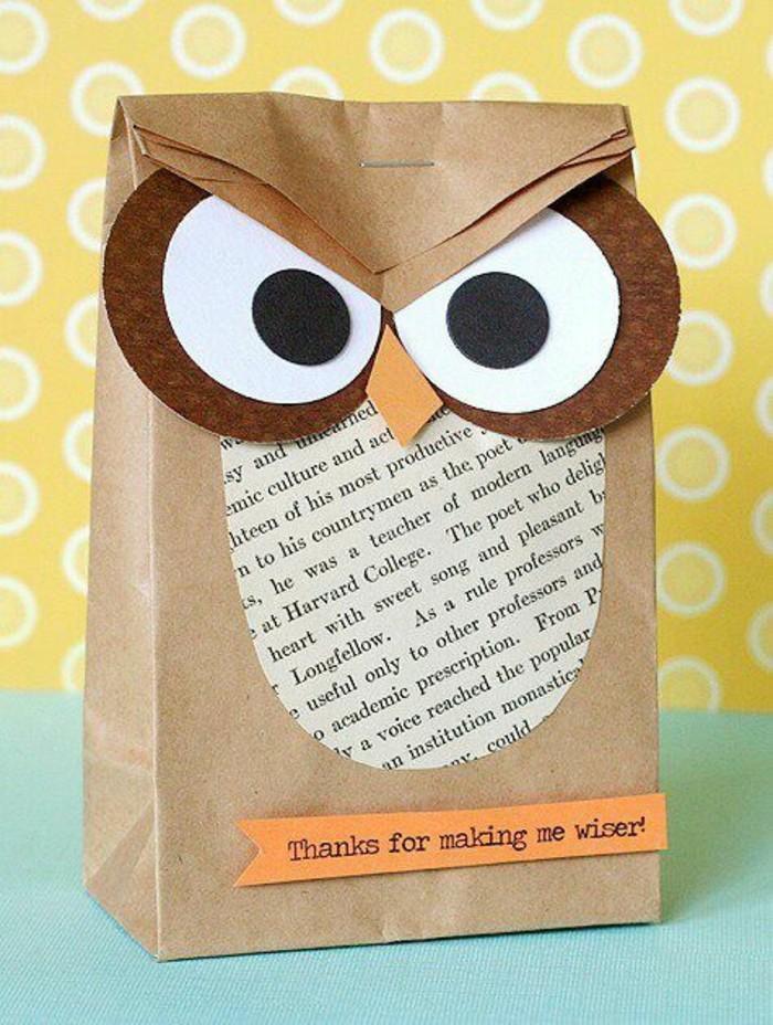 faire-un-hibou-en-petit-sachet-papier-recycle