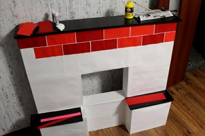 fausse-cheminee-briques-rouges-en-carton