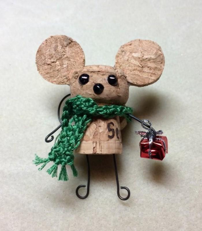 figurine-souris-bouchon-liege-decoration-noel