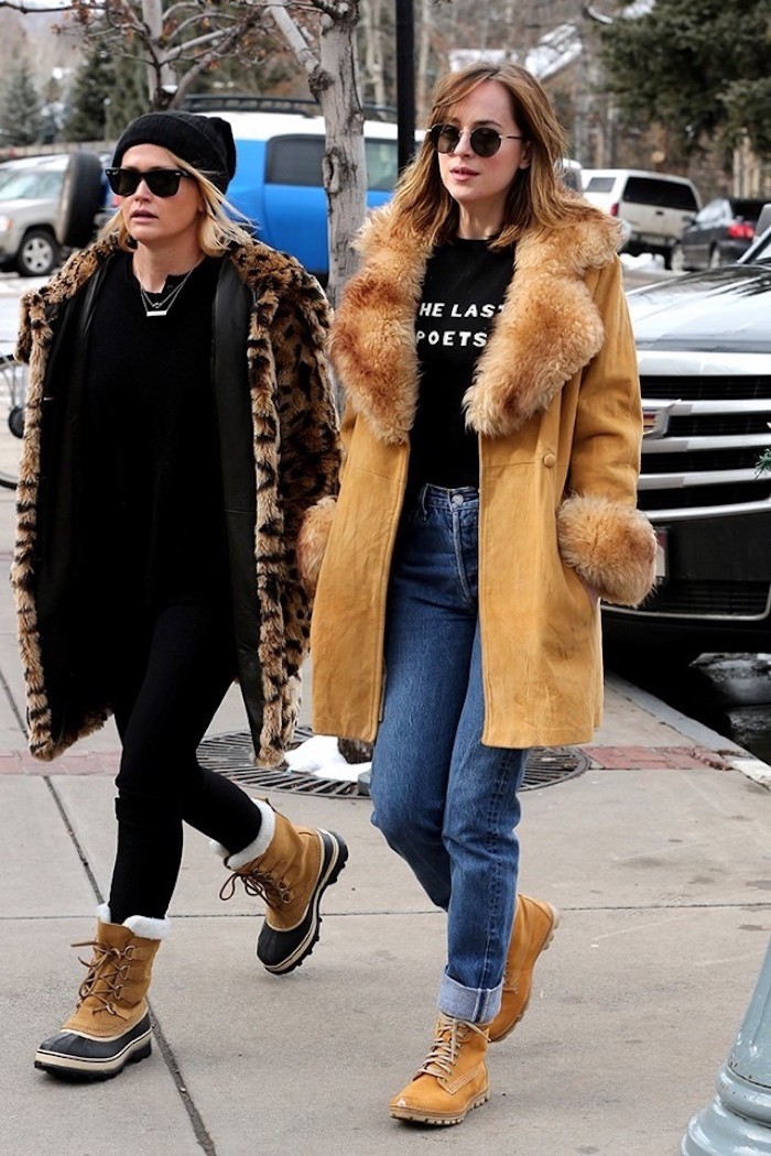 gigi,hadid,and,dakota,johnson,chaussures,timberland,femme,
