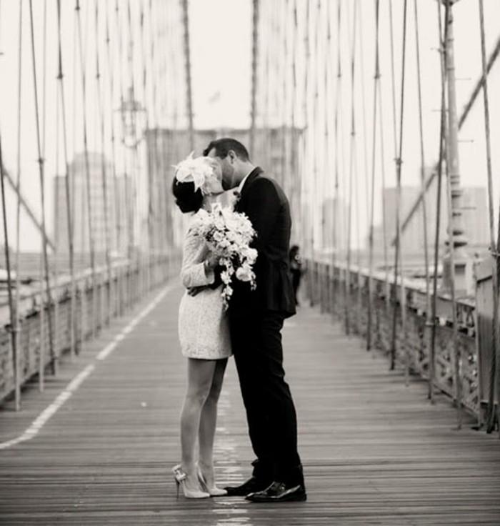 habillez-vous-en-robe-de-fiancaille-courte-robe-de-mariage-civil-courte-new-york