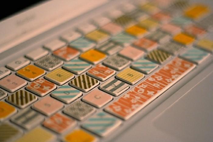 idee-pour-personnaliser-votre-clavier-que-faire-avec-du-masking-tape-idee-interessante