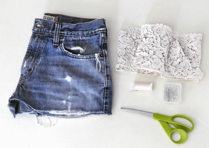 jean-dentelle-materiaux-necessaires-pour-decorer-ciseaux-fil-dentelle-jeu-denfant-resultat-superbe