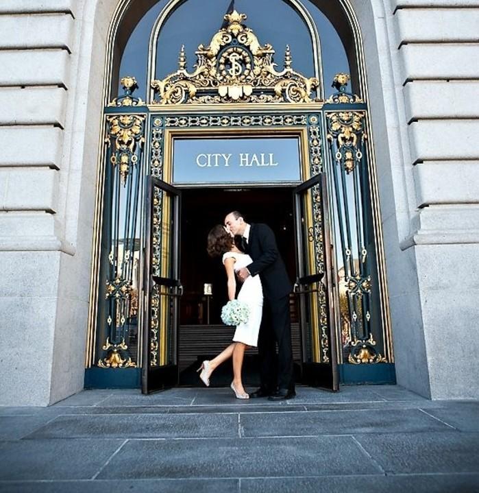 la-robe-mariee-courte-originale-robe-mariee-civile-une-idee