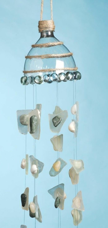 que faire avec des bouteilles en plastique 54 id es de recyclage cr atif. Black Bedroom Furniture Sets. Home Design Ideas