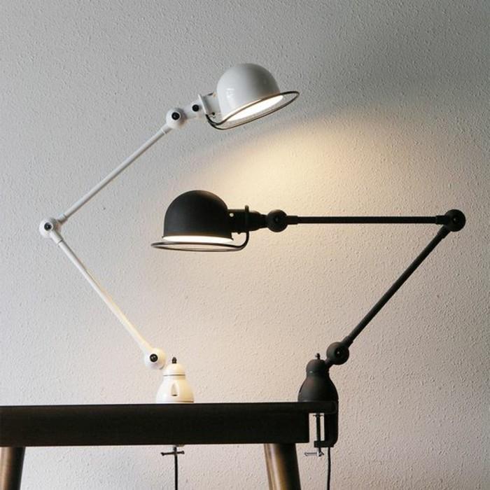lampe-bureau-design-deux-lampes-jielde-a-pincer