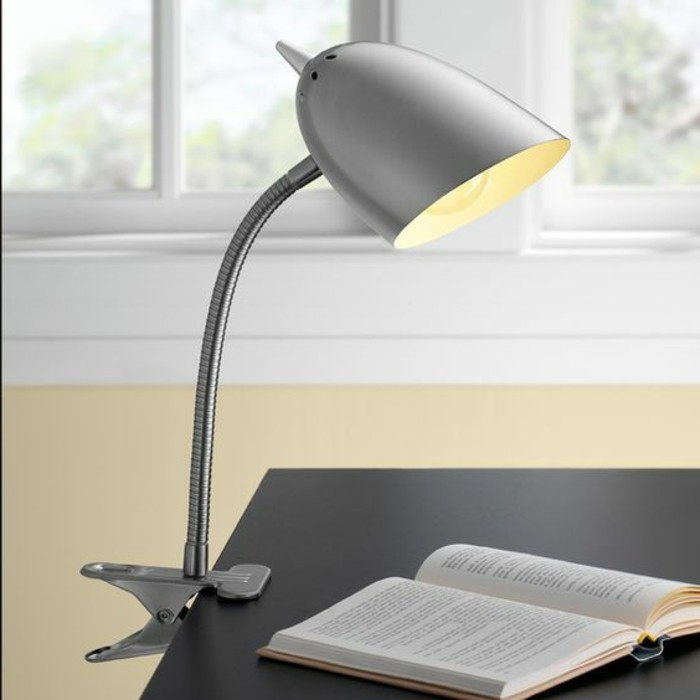 lampe-bureau-design-jolie-lampe-de-table-design-gris