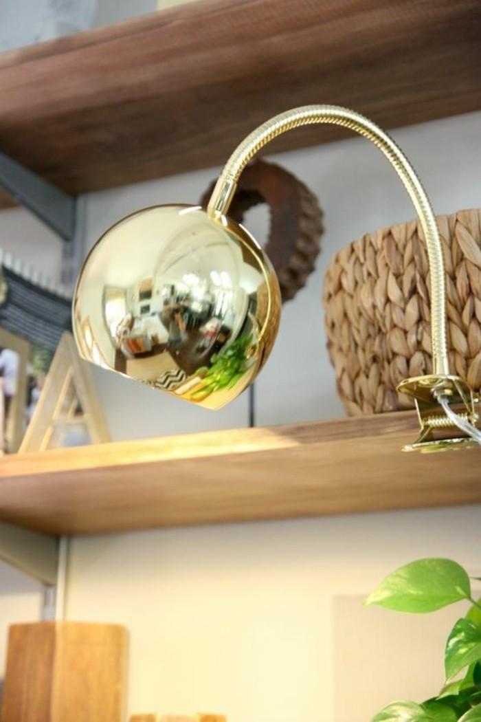 lampe-bureau-design-lampe-ronde-doree-ajustable