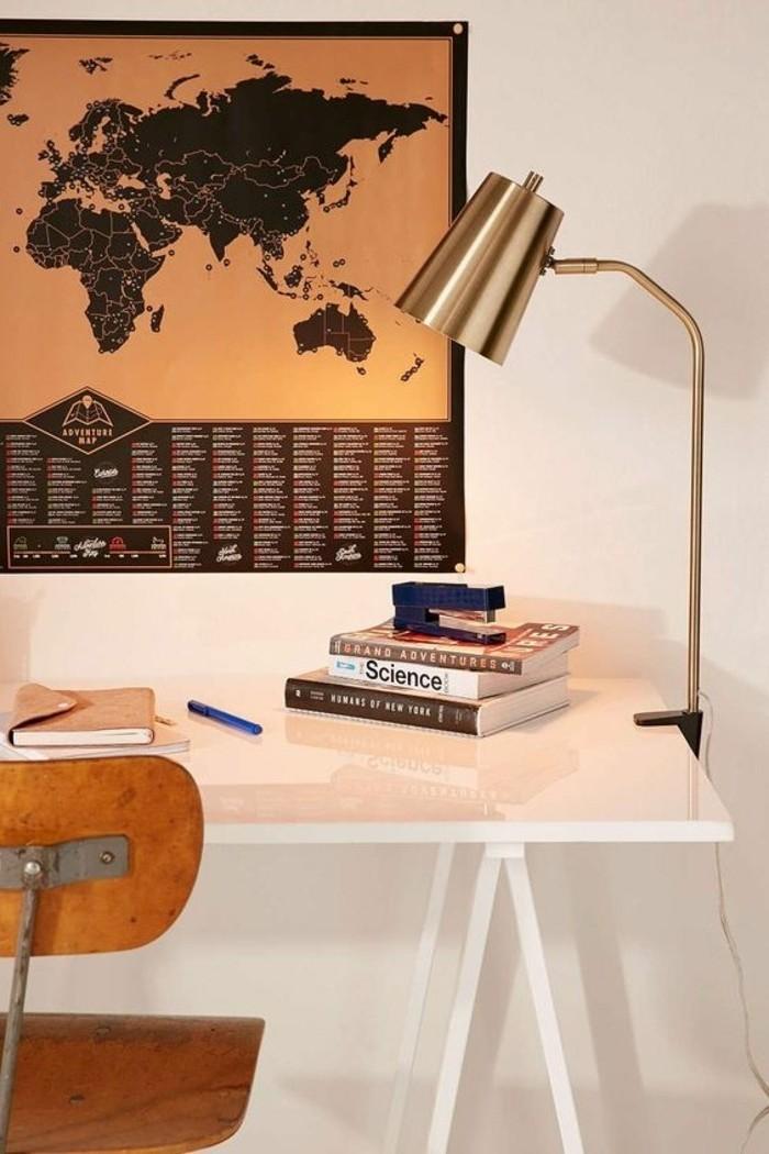 lampe-de-bureau-a-pince-eclairage-pour-endroits-speciaux