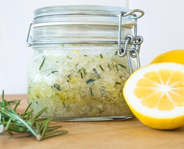 simple-recette-gommage-visage-basique-au-zeste-de-citron