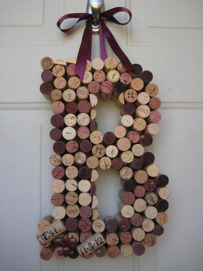 lettre-en-bouchons-de-liege-idee-de-decoration