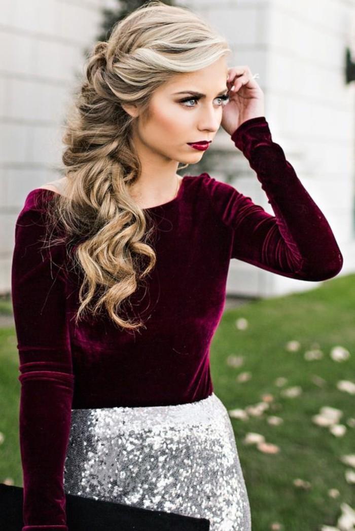 look-glamour-longs-cheveux-boucles-comment-frises-ses-cheveux