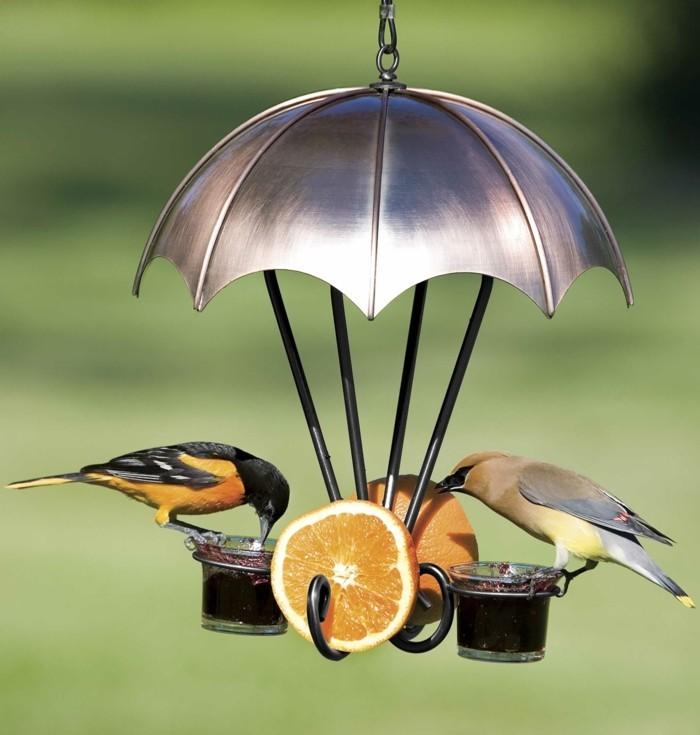 mangeoire-pour-oiseaux-idee-superbe-oranges-fruits-ballon-a-gaz