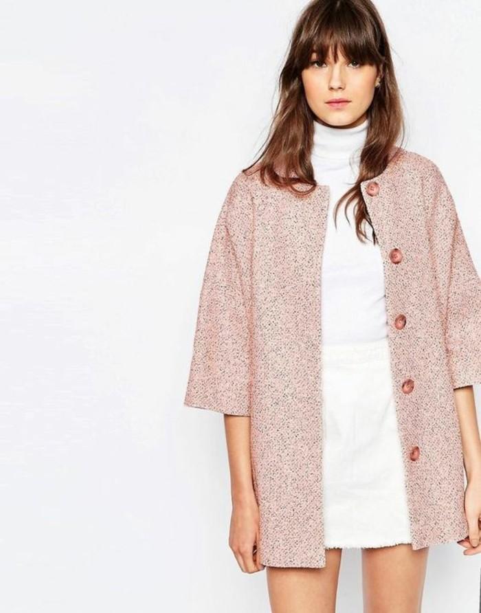 manteau-en-laine-couleur-rose-robe-a-col-roule