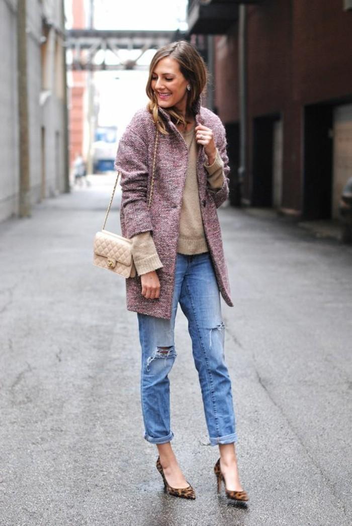 manteau-en-laine-femme-tenue-elegante-jeans-boyfriend-escarpins