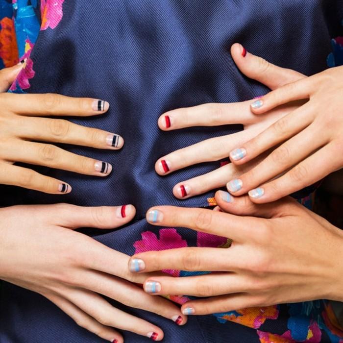 manucure-maison-nouvelle-tendance-bande-colore-ongles-transparents