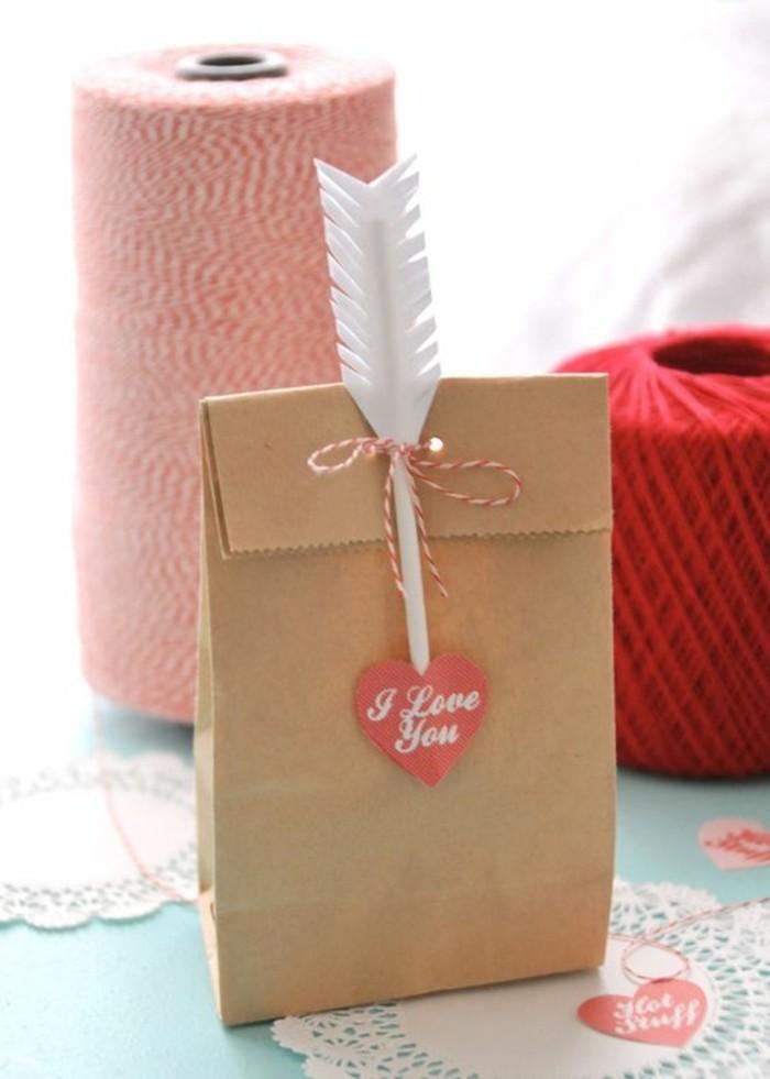 D corer un petit sachet kraft id es originales pour un - Petit sac en papier pour mariage ...