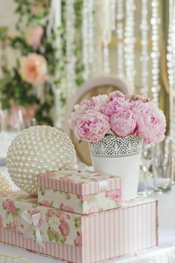 mariage-shabby-chic-boule-en-perle-cadeaux-pour-les-nouveaux-maries