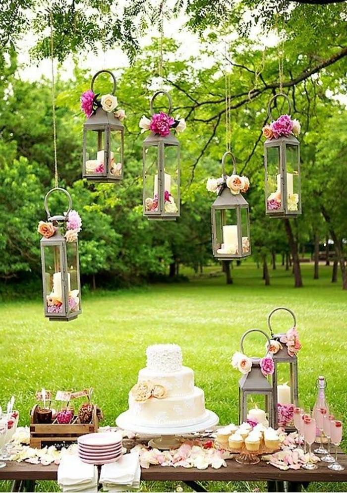 mariage-shabby-chic-lanternes-bougies-tarte-et-gateaux-verres-de-champagne