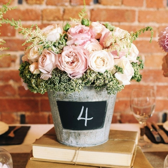mariage-shabby-chic-table-des-hotes-bouquet-en-roses
