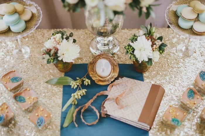 mariage-vintage-gateaux-carnet-pour-les-voeux-des-maries