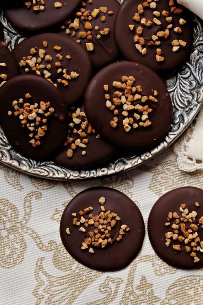 mendiants-chocolat-mendiant-aux-croustillands