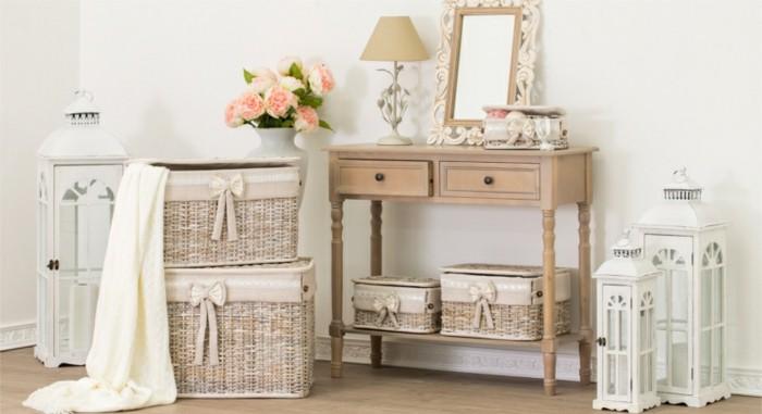 meubles-shabby-chic-cage-a-oiseaux-panier-en-paille-rubans-lampe-roses