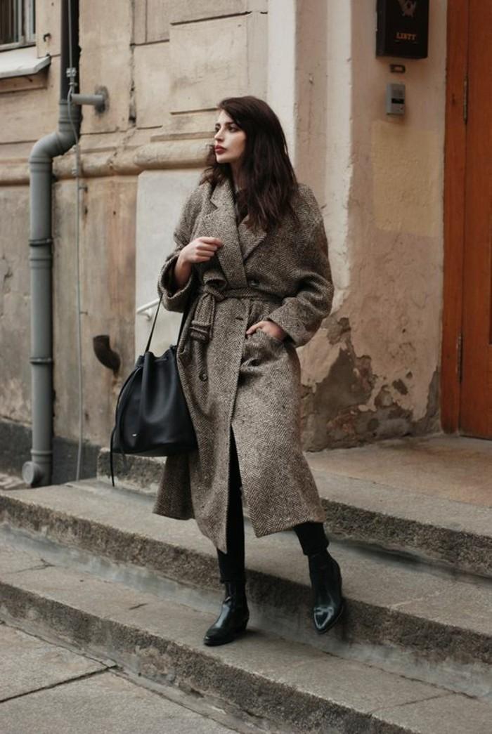 mode-vintage-manteau-tweed-oversize-bottines-en-cuir