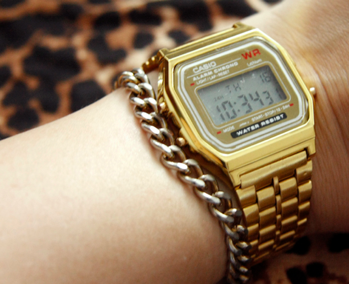 montre-casio-vintage-or-a159-watch-doree-retro-homme-femme