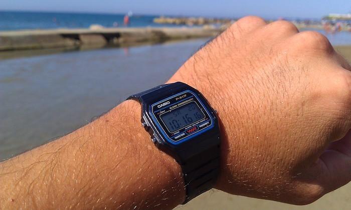 montre-f91w-casio-vintage-plastique-noir