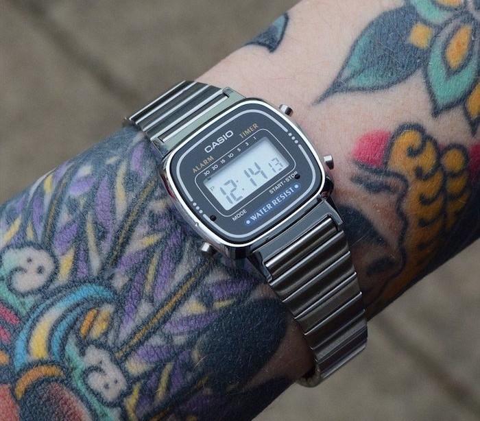 montre-vintage-metal-casion-collection-la670-argent