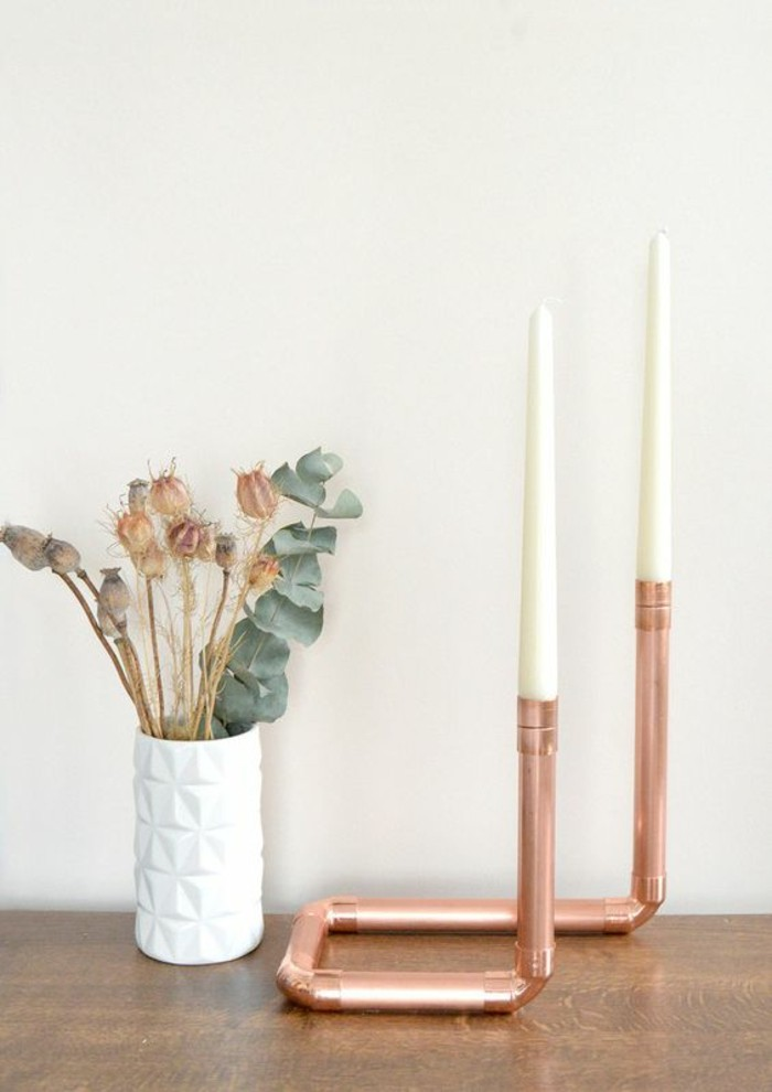objet-de-decoration-bougeoir-en-tube-de-cuivre