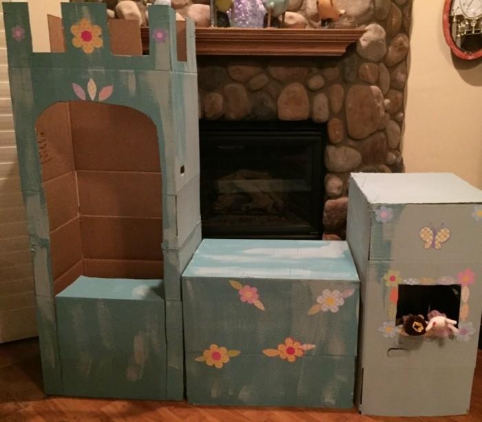 offrez-a-votre-petite-fille-un-chateau-entier-une-idee-geniale-pour-une-cabane-en-carton-diy