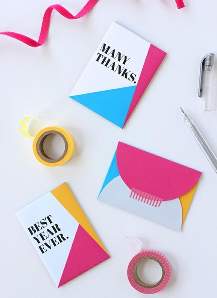 petite-carte-de-remerciements-decoree-de-bandes-de-washi-tape-fabriquer-une-enveloppe