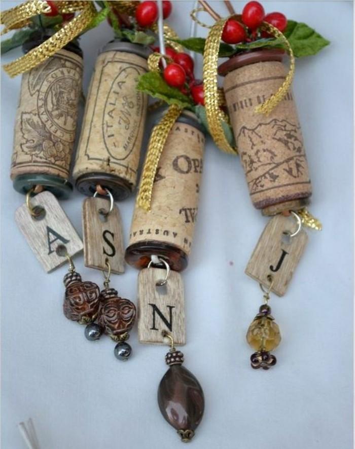 petits-objets-decoratifs-fait-de-bouchons-en-liege