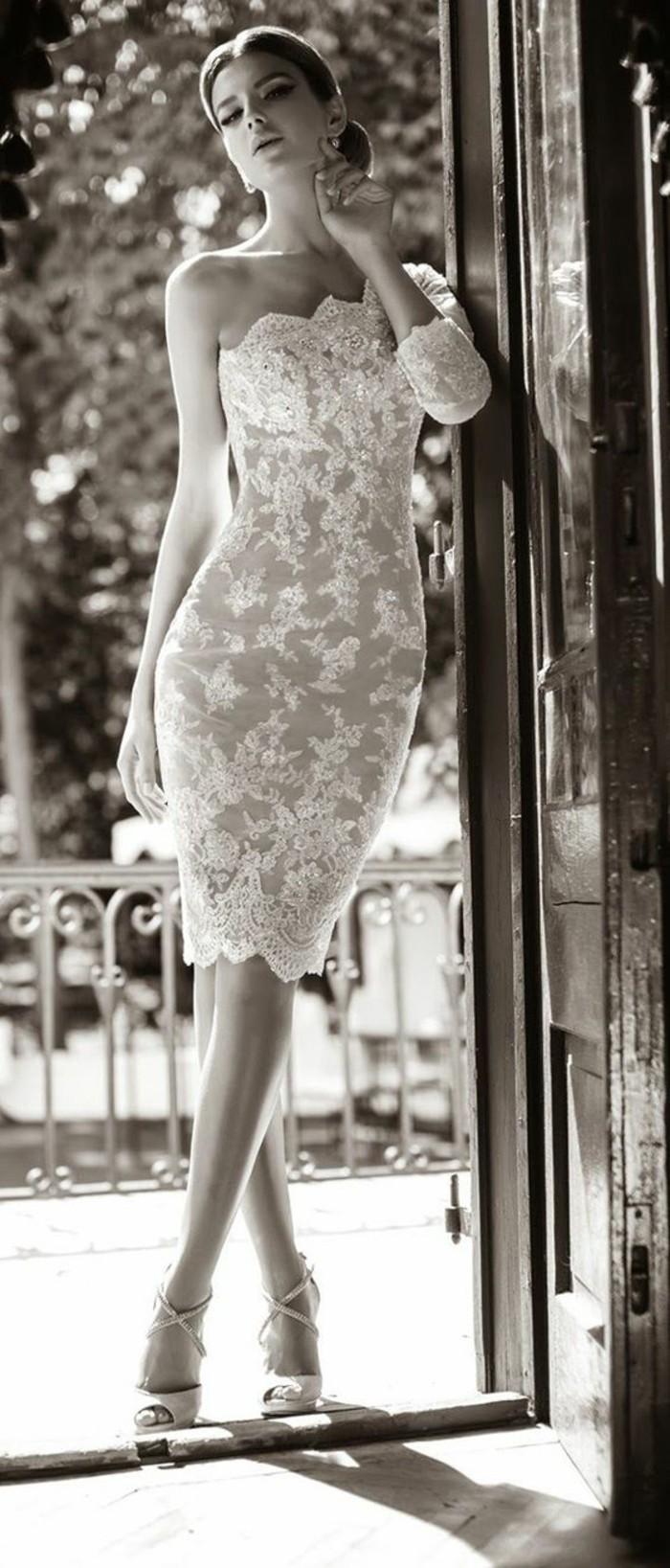 photographie-robe-de-mariee-simple-et-courte-boheme-chic-belle-femme