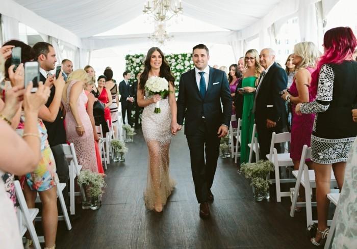 photographie-robe-de-mariee-simple-et-courte-boheme-chic-mariage-robe-longue