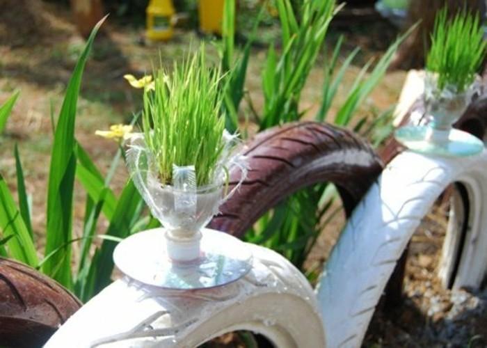 de fleur recyclé, idée que faire avec des bouteilles en plastique