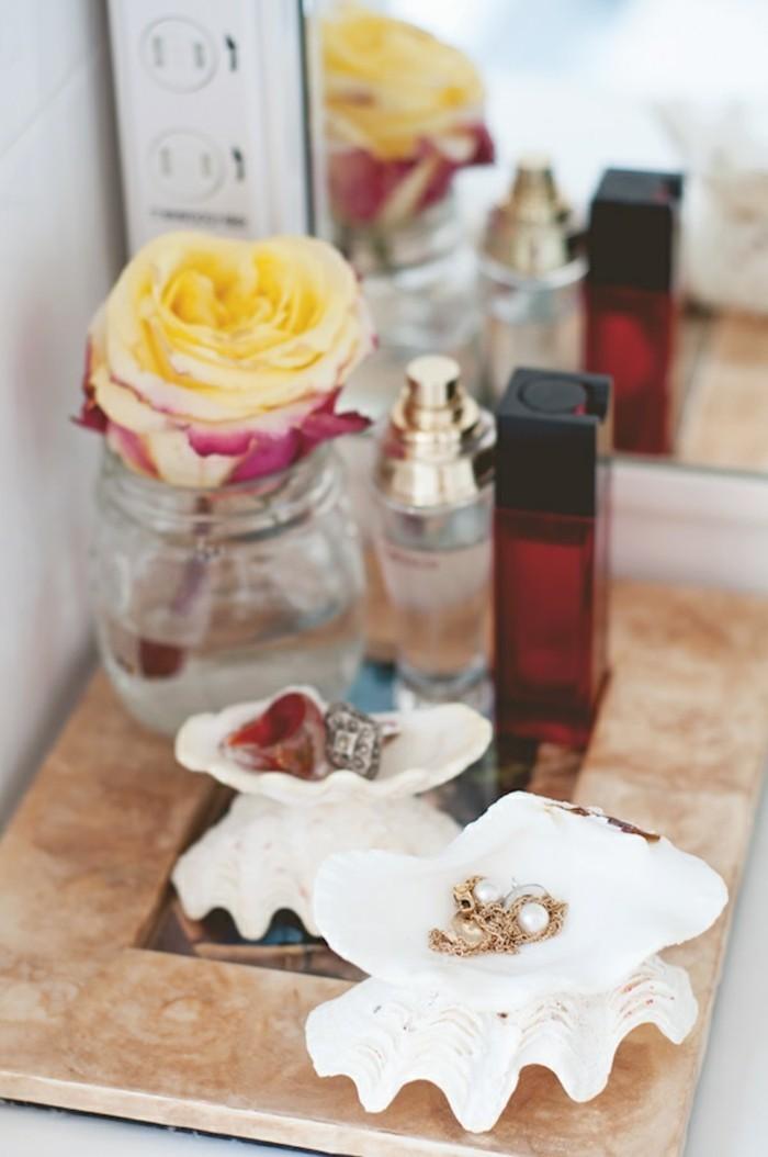 que-faire-avec-des-coquillages-boite-a-bijoux-parfum-rose-fraiche