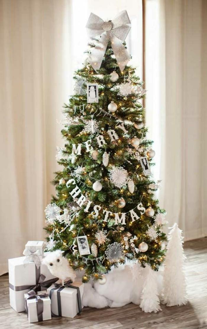 ravissante-decoration-sapin-sapin-de-noel-deco-blanche-neige