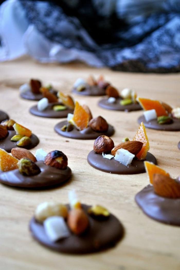 recette-mendiant-au-chocolat-aux-oranges-confits