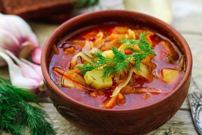 recettes-soupes-recette-potage-soupe-aux-choux-patate-idee-simple-hiver