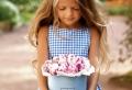 Robe pour petite fille qui produit un grand effet en 55 photos