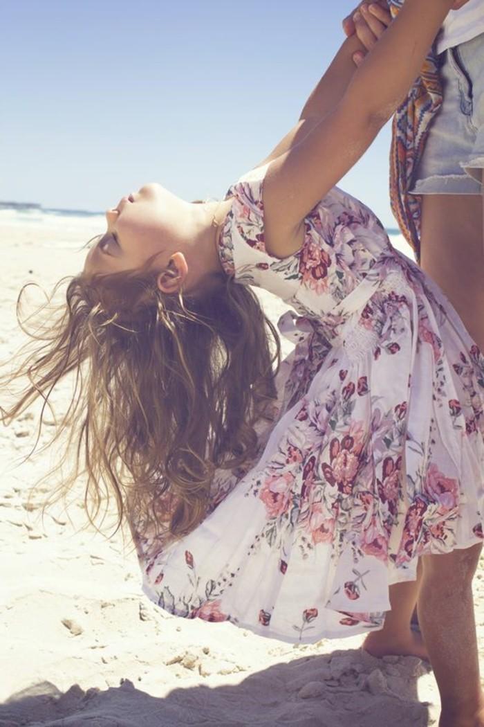 robe-fille-quatre-ans-jolie-photo-de-petite-fille-avec-robe-dete