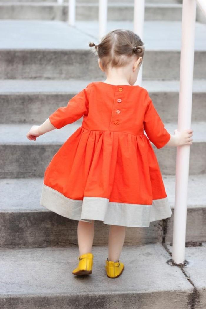 robe-fillette-robe-enfant-mi-longue-orange-chaussures-jaunes