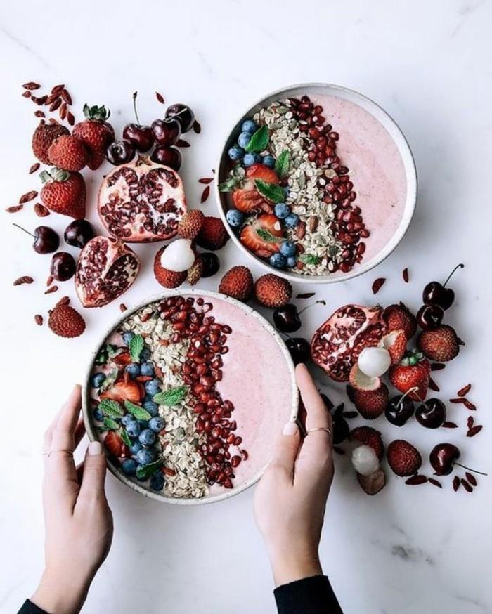 smoothie-bowl-petit-dejeuner-recette-smoothie-nourrissant